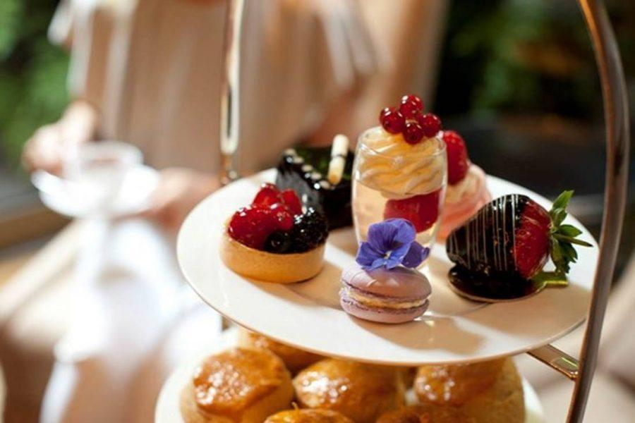 The Ultimate Valentine Destinations in London - afternoon tea at the athenaeum
