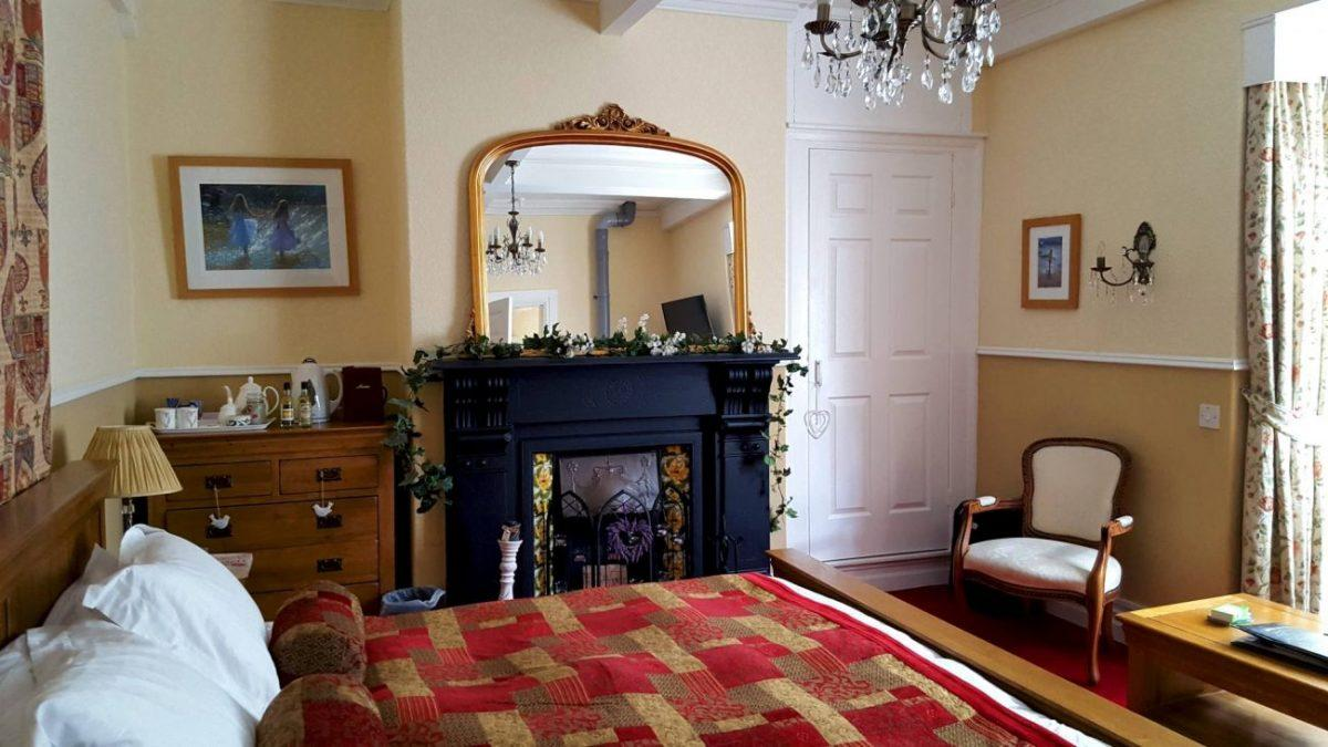 how to spend an epic adventurous weekend in snowdonia a review of victoria b&b in caernafon