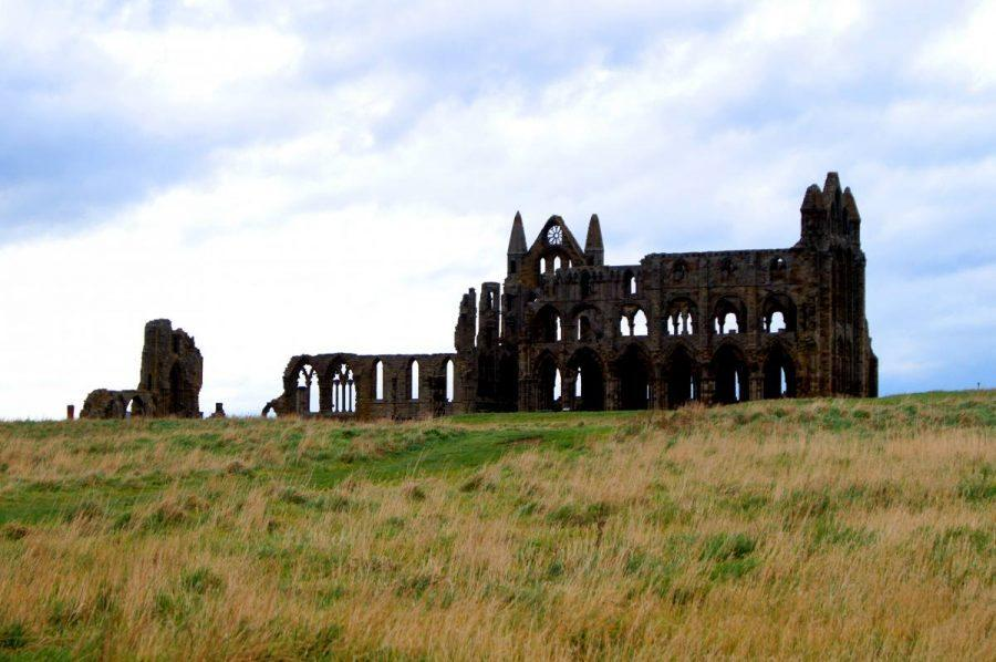 A long weekend in york itinerary - whitby abbey