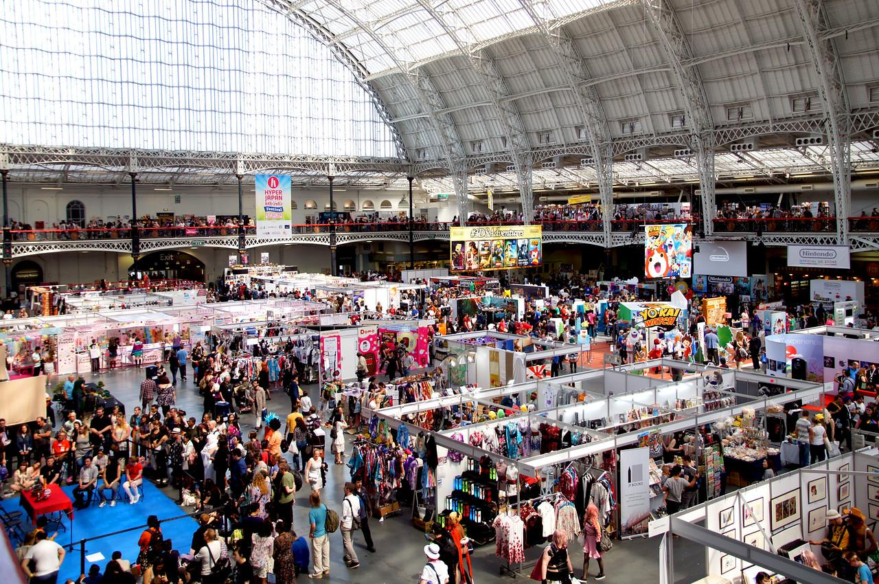 a-day-out-at-hyper-japan-at-the-olympia-x2