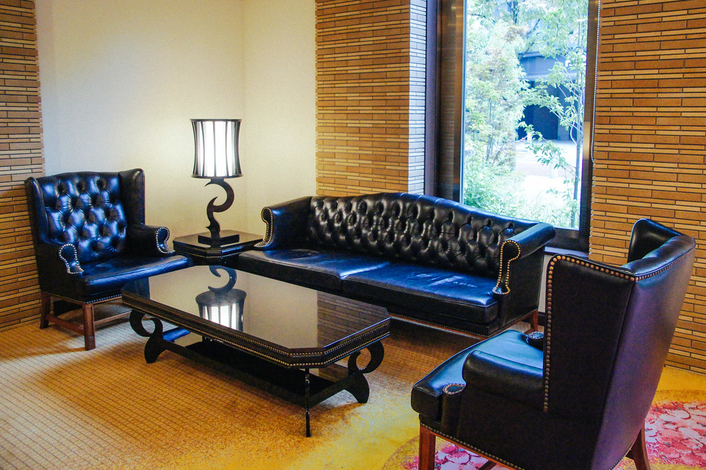 seating area in entrance of Shiba Park Hotel in Tokyo